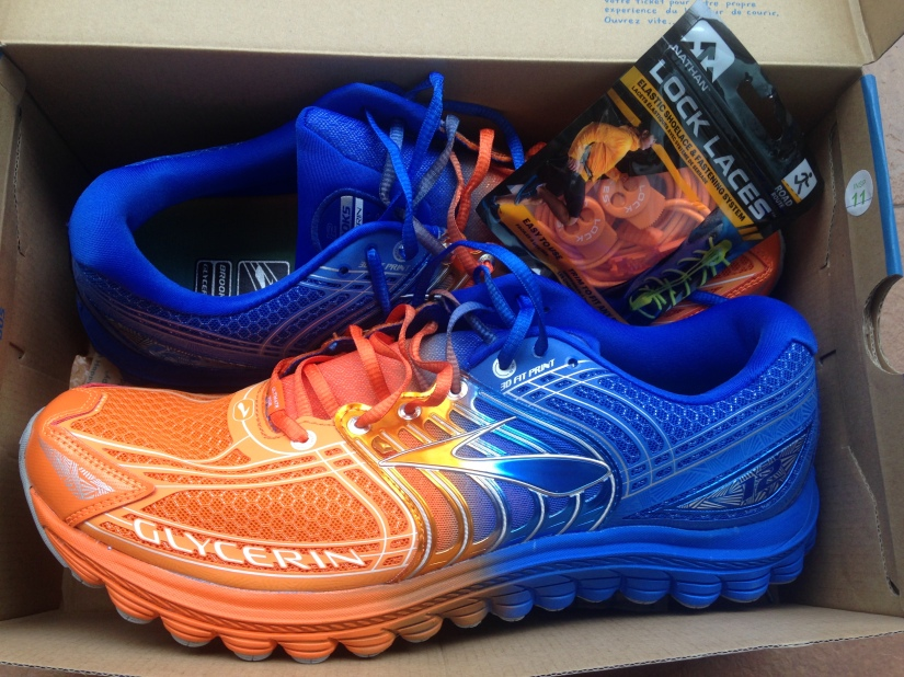 Buying new running shoes, will I run faster in orange?